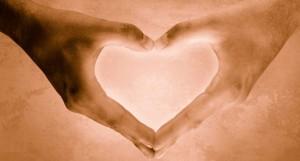 [obrazky.4ever.sk] ruky v tvare srdca 154603